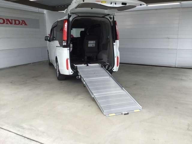 1.5GホンダSENSING車いす仕様2列目乗車 ドライブレコーダー 両側電動スライドドア (10枚目)