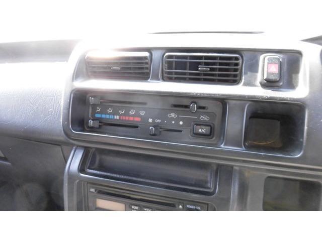 スペシャル 4WD 三方開 エアコン ドアバイザー オートマ(14枚目)