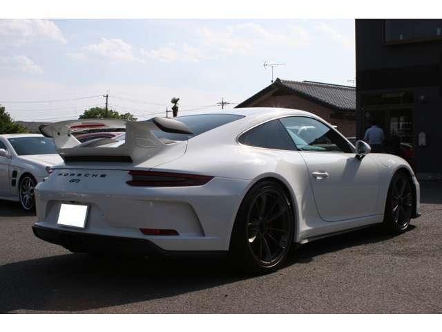 911GT3 クラブスポーツパッケージ 6速マニュアル 左ハンドル ディーラー車 ワンオーナー(4枚目)