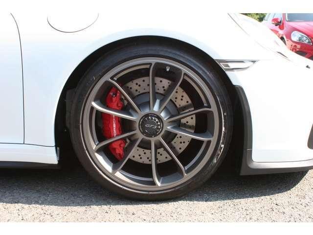 911GT3 クラブスポーツパッケージ 6速マニュアル 左ハンドル ディーラー車 ワンオーナー(19枚目)