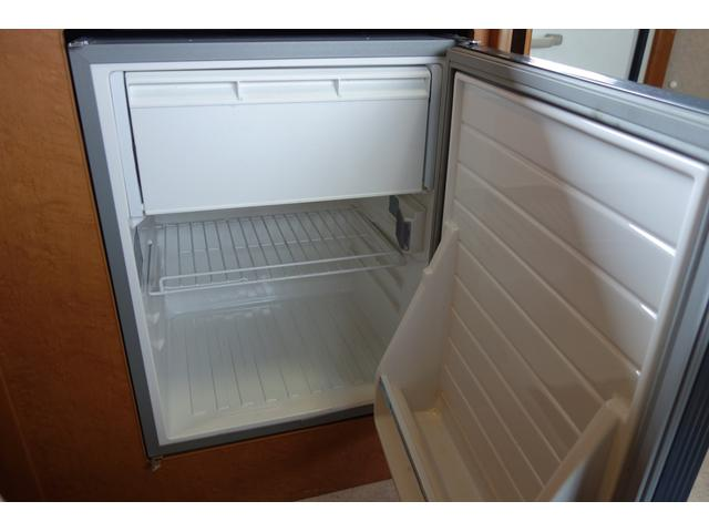 大型の冷蔵庫を装備!!
