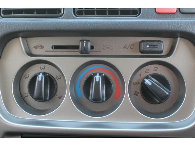 G キャンピング フジカーズジャパン製 FOCS DT2 新品架装 サブバッテリー 走行充電 外部充電 外部電源 インバーター 4WD テーブル 大人2名就寝 リアヒーター 両側スライドドア CD(44枚目)