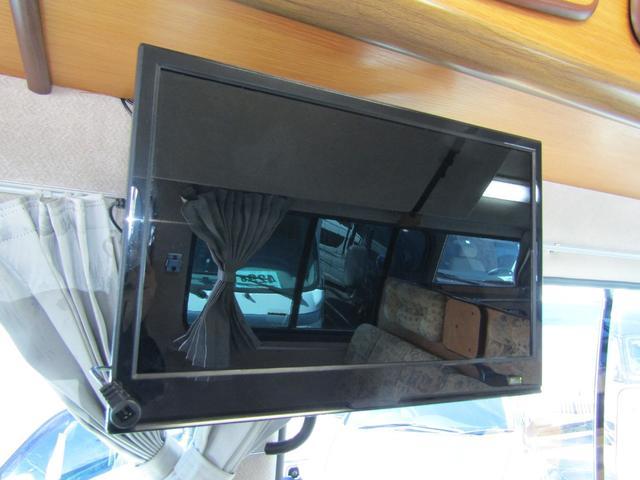 キャンピング ビークル製 ブロス サブバッテリー 外部充電 インバーター 20L給排水ポリタンク シンク コンロ 40L冷蔵庫 架装部テレビ 電子レンジ リアクーラー リアヒーター SDナビ ETC(7枚目)