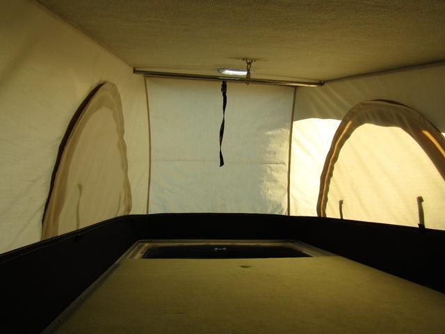 バンテック製マヨルカ NoxPM適合 ディーゼルターボ 4WD ツインサブバッテリー 1500Wインバーター ベバストFFヒーター 外部充電 外部電源 走行充電 DC冷蔵庫 ポップアップルーフ テレビ(13枚目)