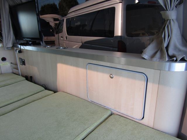 バンテック製マヨルカ NoxPM適合 ディーゼルターボ 4WD ツインサブバッテリー 1500Wインバーター ベバストFFヒーター 外部充電 外部電源 走行充電 DC冷蔵庫 ポップアップルーフ テレビ(19枚目)