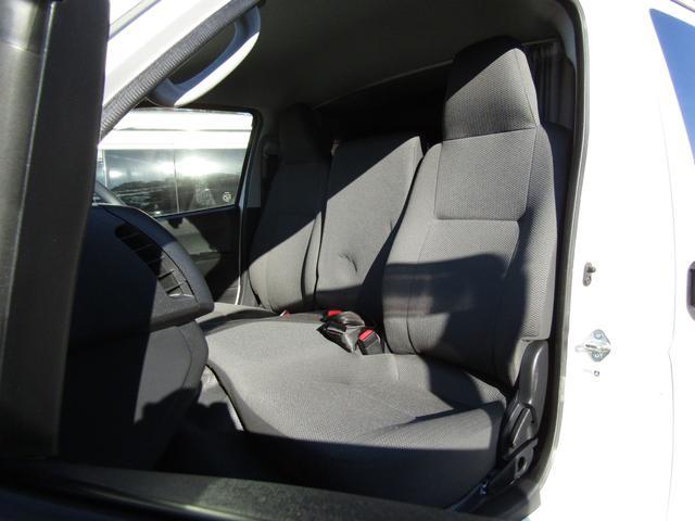 バンテック製マヨルカ NoxPM適合 ディーゼルターボ 4WD ツインサブバッテリー 1500Wインバーター ベバストFFヒーター 外部充電 外部電源 走行充電 DC冷蔵庫 ポップアップルーフ テレビ(79枚目)