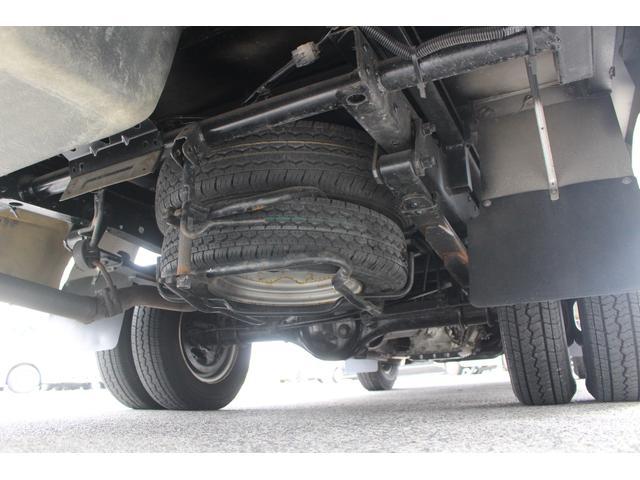 AtoZ製アレン キャンピング車 サブバッテリー 走行充電 外部充電 外部電源 エバスFFヒーター 500Wインバーター フィアマサイドオーニング ルーフベント DC冷蔵庫 シンク 走行用リアクーラー(40枚目)