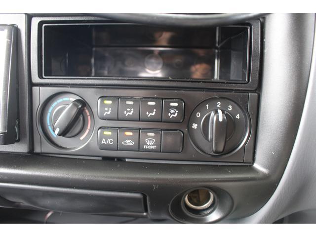 AtoZ製アレン キャンピング車 サブバッテリー 走行充電 外部充電 外部電源 エバスFFヒーター 500Wインバーター フィアマサイドオーニング ルーフベント DC冷蔵庫 シンク 走行用リアクーラー(45枚目)