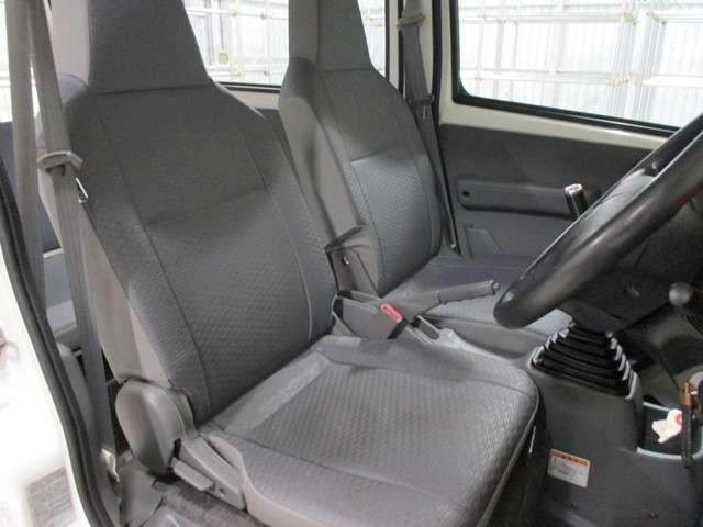 CD ハイルーフ 4WD 5MT ラジオ 両側スライドドア(11枚目)