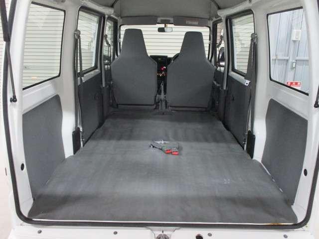 CD ハイルーフ 4WD 5MT ラジオ 両側スライドドア(15枚目)