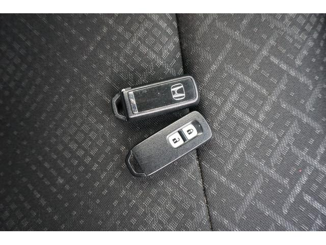 G 追突軽減 純正CD CX174C HID シティブレーキ スマートキ CDオーディオ エアコン AW ABS パワステ エアバック キーフリ- ディスチャージライト ESC サイドエアバック PW(41枚目)