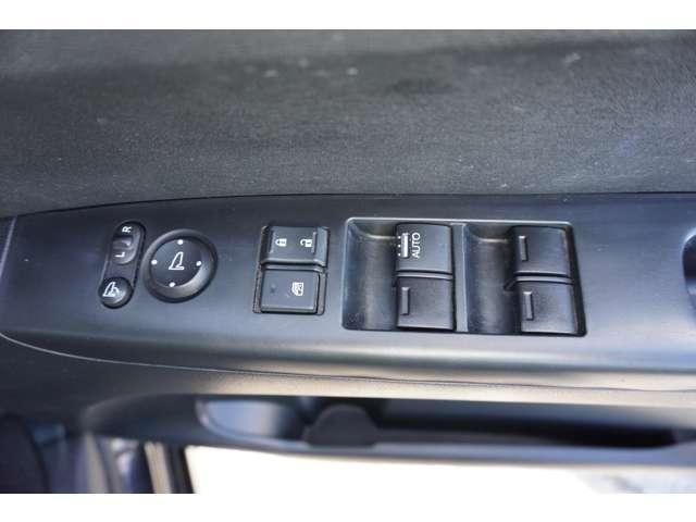 G ケンウッドナビMDV-L407 VSA ワンセグ 両側スライドドア キーレス インテリキー DVD再生 ワンセグTV CD ABS メモリーナビ オートエアコン ナビ・TV Aストップ SRS(14枚目)