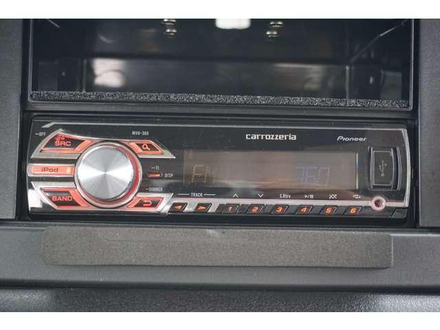 XL 5MT 4WD ETC サイドエアバック フォグ イモビライザー Sヒーター パートタイム4WD キーレス ETC ABS インテリキー エアコン ターボ車 横滑防止装置 パワステ(10枚目)