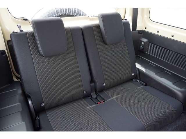 XL 5MT 4WD ETC サイドエアバック フォグ イモビライザー Sヒーター パートタイム4WD キーレス ETC ABS インテリキー エアコン ターボ車 横滑防止装置 パワステ(16枚目)