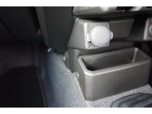 XL 5MT 4WD ETC サイドエアバック フォグ イモビライザー Sヒーター パートタイム4WD キーレス ETC ABS インテリキー エアコン ターボ車 横滑防止装置 パワステ(65枚目)