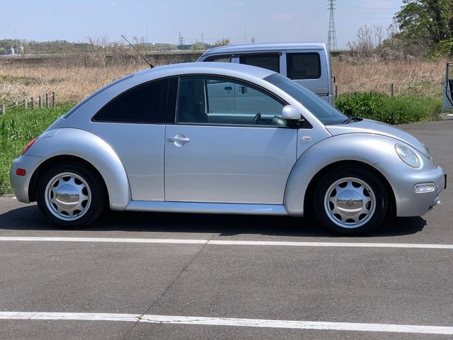 「フォルクスワーゲン」「VW ニュービートル」「クーペ」「埼玉県」の中古車4