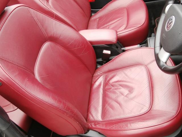 「フォルクスワーゲン」「VW ニュービートルカブリオレ」「オープンカー」「埼玉県」の中古車26