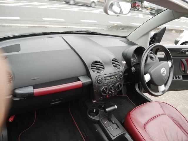 「フォルクスワーゲン」「VW ニュービートルカブリオレ」「オープンカー」「埼玉県」の中古車29