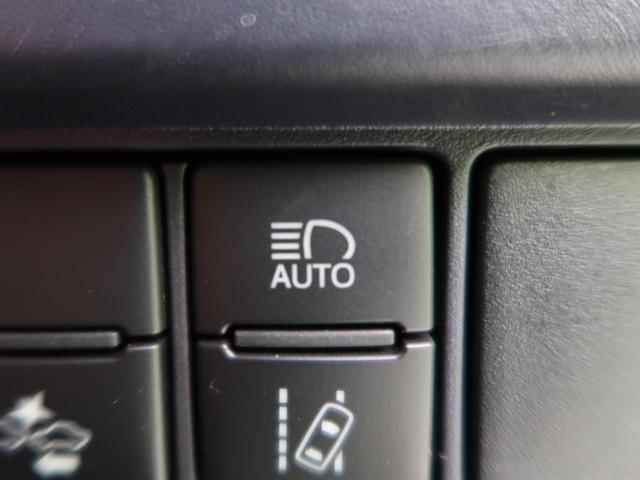 ZS 禁煙車 ワンオーナー 9インチナビ 10インチ後席モニター 7人乗り 片側電動スライド ETC 衝突軽減装置 車線逸脱警告 オートハイビーム フルセグ DVD Bluetooth アイドリングストップ(9枚目)