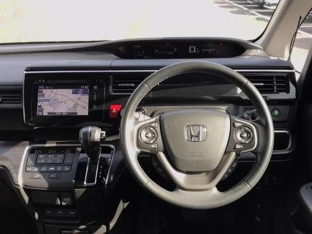 スパーダ・クールスピリット Hセンシング F純正ドラレコ 両側PSD 4WD LED サイドカーテンSRS F・S・B・全周囲カメラ シートヒーター 横滑り防止 純正メモリーインターナビ フルセグ 後席モニター スマートキー(16枚目)