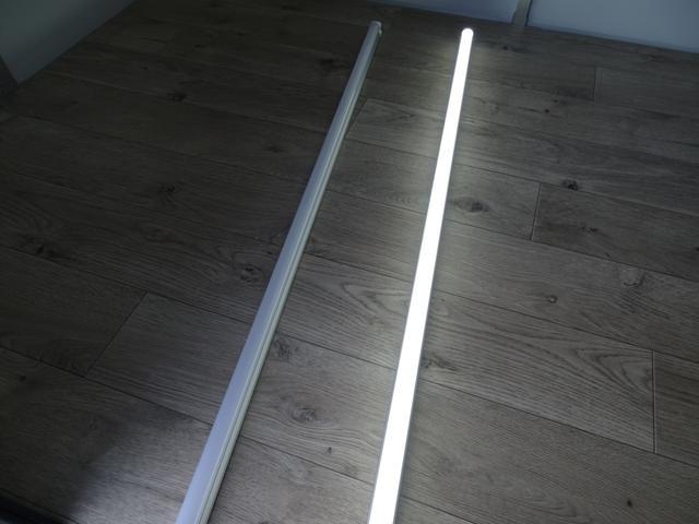 LED照明!!白色か電球色をお選びいただけます!!