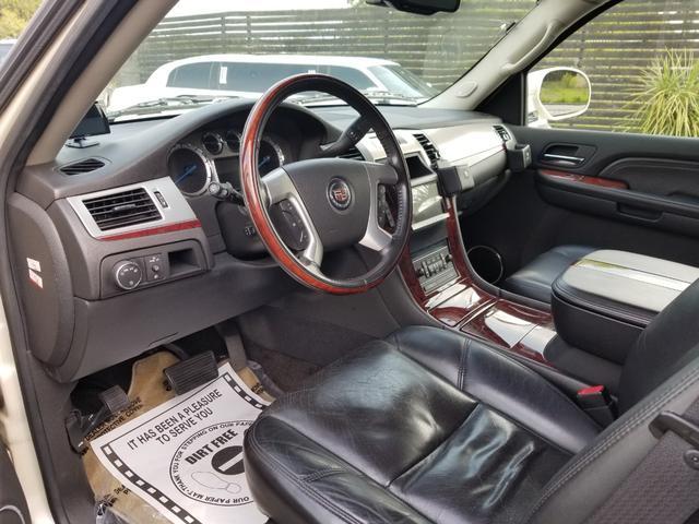 「キャデラック」「キャデラックエスカレード」「SUV・クロカン」「埼玉県」の中古車5