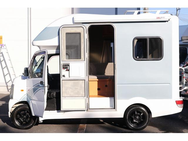 AZ-MAX製 ラクーン 4WD ソーラーパネル 1500Wインバーター サイドオーニング シンク ルーフベント サイクルキャリア サブバッテリー 走行充電(24枚目)