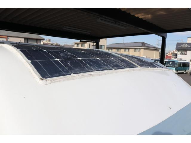 AZ-MAX製 ラクーン 4WD ソーラーパネル 1500Wインバーター サイドオーニング シンク ルーフベント サイクルキャリア サブバッテリー 走行充電(34枚目)