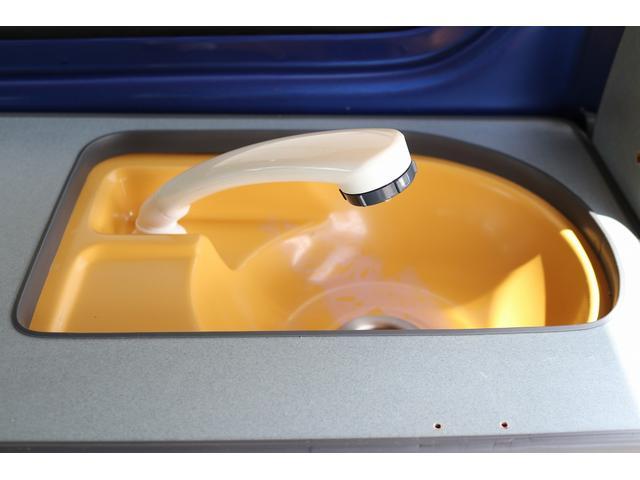 ターボ ホワイトハウス製 MY-BOX ターボ車 ナビ ETC バックカメラ ドライブレコーダー サブバッテリー FFヒーター 250Wインバーター シンク 外部充電 ポップアップルーフ(16枚目)