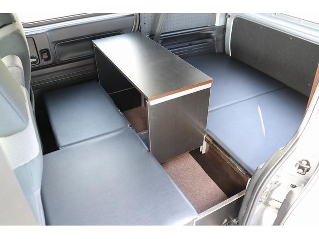 L ワンオフキャンパー 軽キャンパー ワンオーナー キーレス メモリーナビ バックカメラ 外部電源 100V 12V ポータブルバッテリー ポータブルバッテリー用ソーラーパネル ポータブル冷蔵庫(9枚目)