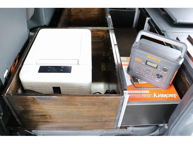 L ワンオフキャンパー 軽キャンパー ワンオーナー キーレス メモリーナビ バックカメラ 外部電源 100V 12V ポータブルバッテリー ポータブルバッテリー用ソーラーパネル ポータブル冷蔵庫(16枚目)