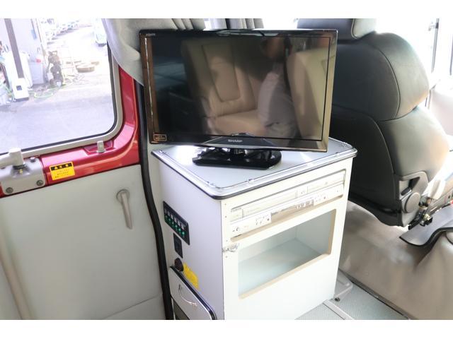 ワンオフキャンパー リヤ観音開き レカロシート ナビ ETC バックカメラ 1500Wインバーター FFヒーター 冷蔵庫 シンク 給排水タンク 外部充電 走行充電(9枚目)