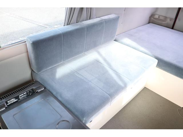 ワンオフキャンパー リヤ観音開き レカロシート ナビ ETC バックカメラ 1500Wインバーター FFヒーター 冷蔵庫 シンク 給排水タンク 外部充電 走行充電(73枚目)