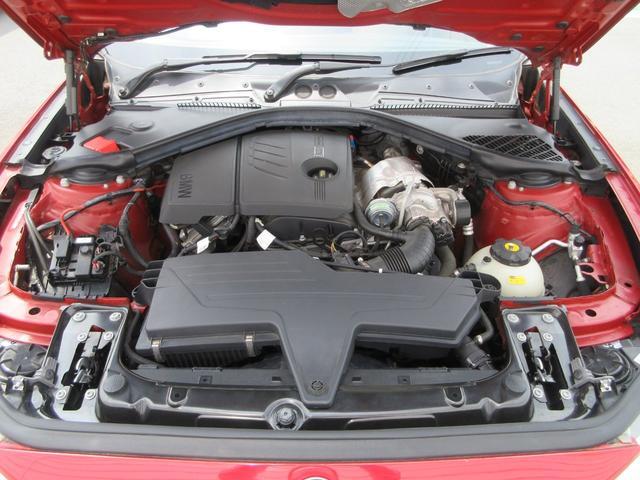 116i ファッショニスタ 限定車 純正HDDナビ リヤビューカメラ ETC オイスターダコタレザーシート キセノンヘッドライト プッシュエンジンスタート 純正17インチアルミ(18枚目)