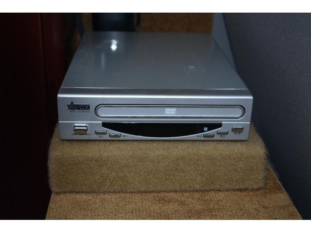 DVDプレイヤー(TVに繋がっています)