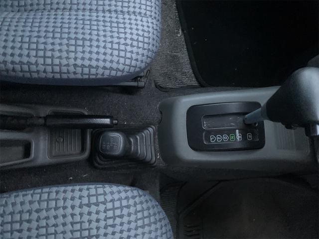 V 4WD ターボ 角目四灯 オリジナルカラー ダークグリーン チッピング(11枚目)