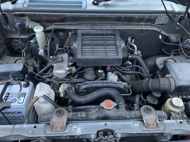V 4WD ターボ 角目四灯 オリジナルカラー ダークグリーン チッピング(17枚目)