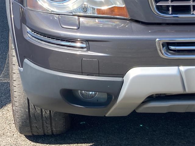 V8 TE AWD 本革パワーシート サンルーフ 純正HDDナビ フルセグTV バックモニター ETC キセノンライト フォグランプ ターンランプ キーレス ルーフレール 社外19インチAW 純正アルミスタッドレス付有(10枚目)