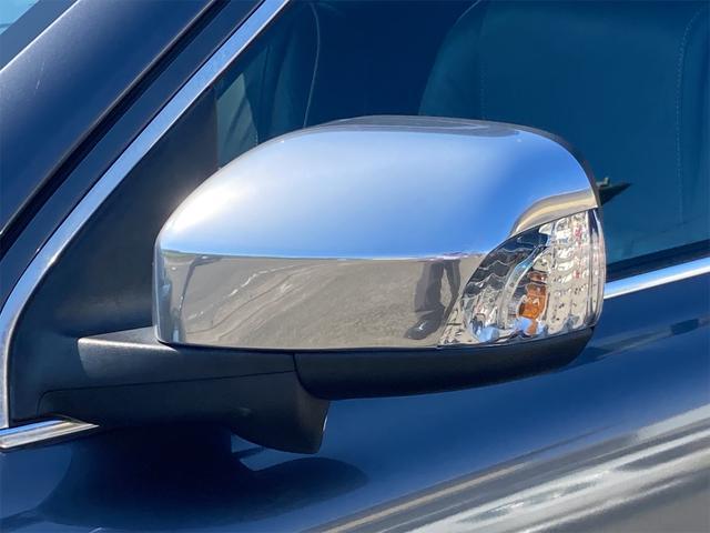 V8 TE AWD 本革パワーシート サンルーフ 純正HDDナビ フルセグTV バックモニター ETC キセノンライト フォグランプ ターンランプ キーレス ルーフレール 社外19インチAW 純正アルミスタッドレス付有(29枚目)