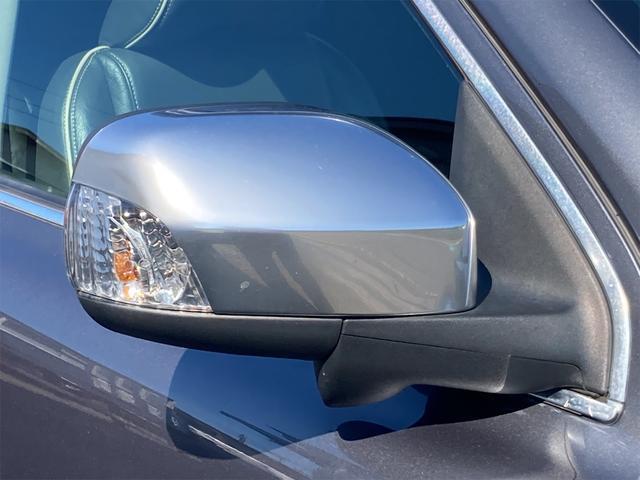 V8 TE AWD 本革パワーシート サンルーフ 純正HDDナビ フルセグTV バックモニター ETC キセノンライト フォグランプ ターンランプ キーレス ルーフレール 社外19インチAW 純正アルミスタッドレス付有(30枚目)