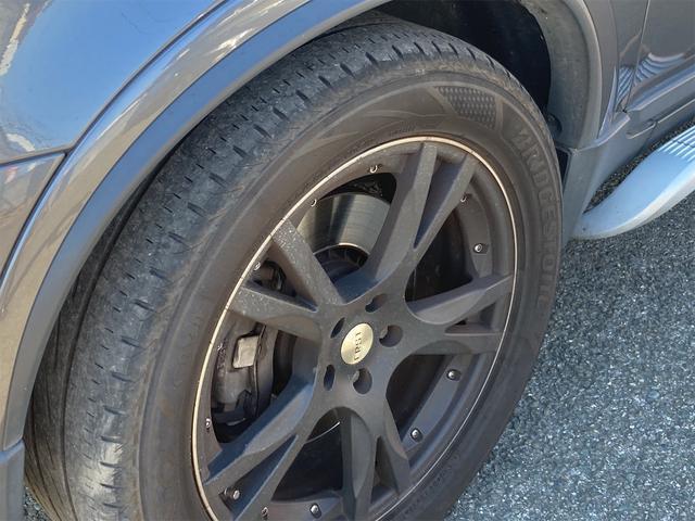 V8 TE AWD 本革パワーシート サンルーフ 純正HDDナビ フルセグTV バックモニター ETC キセノンライト フォグランプ ターンランプ キーレス ルーフレール 社外19インチAW 純正アルミスタッドレス付有(41枚目)