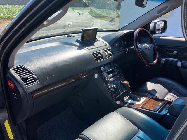 V8 TE AWD 本革パワーシート サンルーフ 純正HDDナビ フルセグTV バックモニター ETC キセノンライト フォグランプ ターンランプ キーレス ルーフレール 社外19インチAW 純正アルミスタッドレス付有(53枚目)