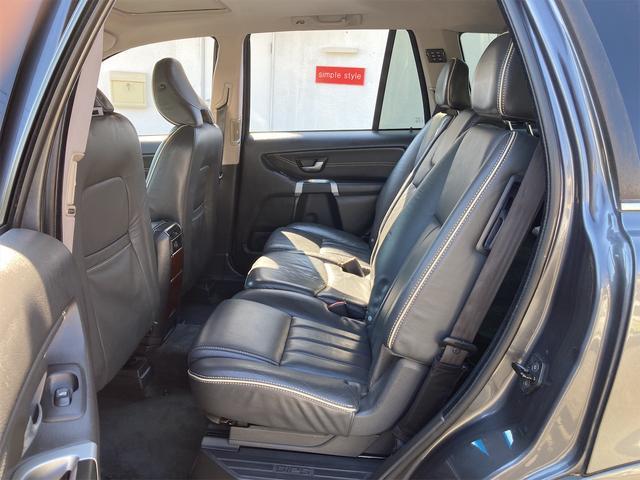 V8 TE AWD 本革パワーシート サンルーフ 純正HDDナビ フルセグTV バックモニター ETC キセノンライト フォグランプ ターンランプ キーレス ルーフレール 社外19インチAW 純正アルミスタッドレス付有(60枚目)