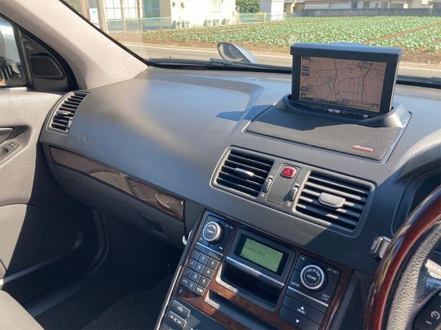 V8 TE AWD 本革パワーシート サンルーフ 純正HDDナビ フルセグTV バックモニター ETC キセノンライト フォグランプ ターンランプ キーレス ルーフレール 社外19インチAW 純正アルミスタッドレス付有(78枚目)