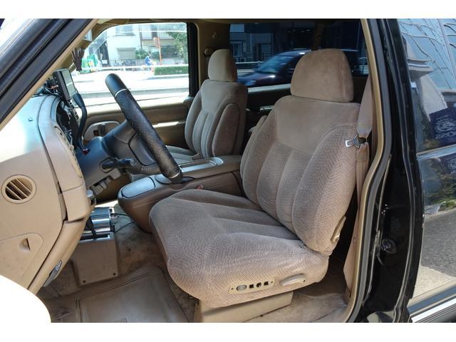 「シボレー」「シボレー タホスポーツ」「SUV・クロカン」「東京都」の中古車13