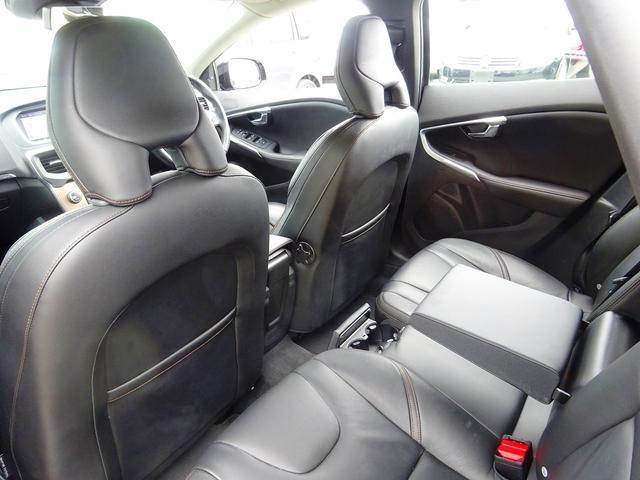 クロスカントリー T5 AWD セーフティP 1オナ 黒革(6枚目)