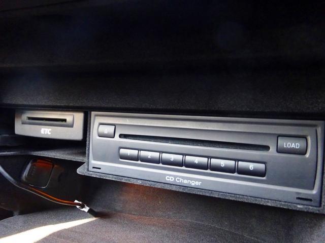 ベースグレード 黒革Pシート MMIナビ 18AW Cソナー(11枚目)