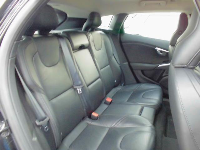 ボルボ ボルボ V40 T4 SE セーフティpkg 黒革 フルセグHDD スマキー