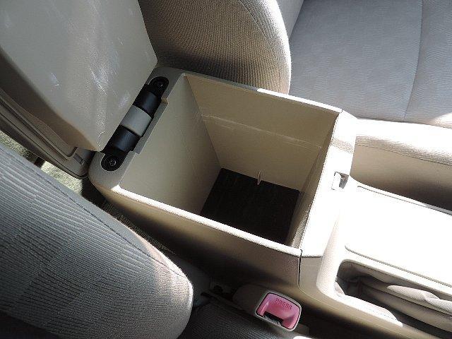 トヨタ カローラアクシオ X 禁煙車DVDナビ1セグETCワンオーナーキーレス