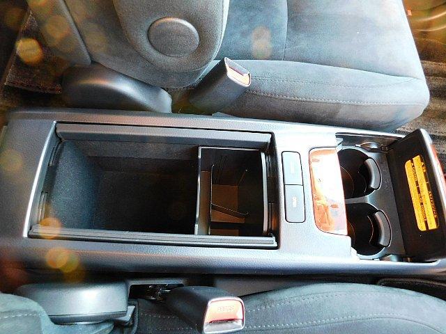 240G Lパッケージアルカンターラセレクション 禁煙車 HDDナビ フルセグ パワーバックドア キーレス HID ETC Bカメラ オートライト(9枚目)